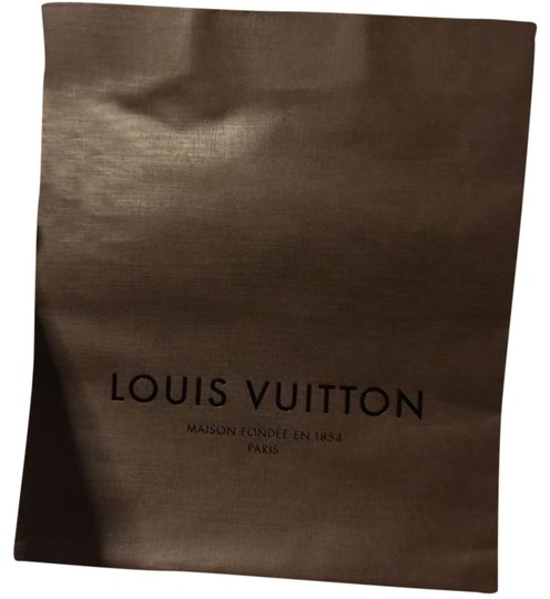 Preload https://item3.tradesy.com/images/louis-vuitton-large-shopping-brown-paper-tote-2001452-0-1.jpg?width=440&height=440