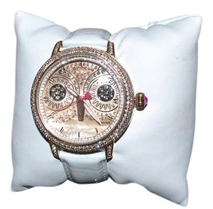 Betsey Johnson BETSEY JOHNSON Glitzy Owl Watch Rose Gold White Band Crystals