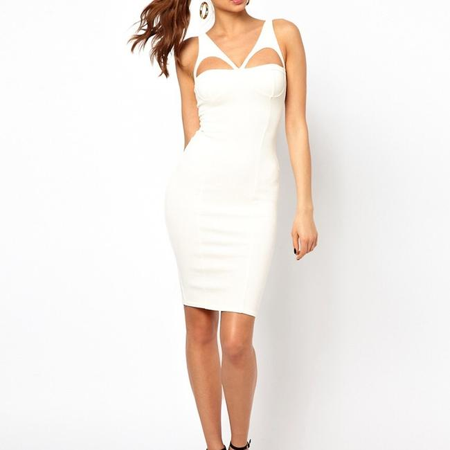 Item - Off White Mid-length Night Out Dress Size 4 (S)
