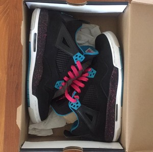 Air Jordan Black/Vivid Pink-Dynamic Black-White Athletic