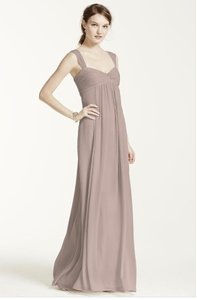 e5f4c0f343e David s Bridal Biscotti Chiffon Long Crinkle Feminine Bridesmaid Mob Dress  Size 8 (M)