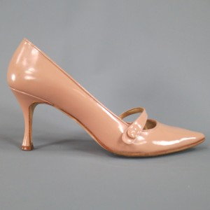 Manolo Blahnik Patent Leather Mary Jane Beige Pumps