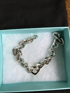 Tiffany & Co. Two tone Heart link Bracelet. Tiffany & Co.