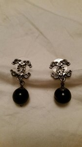Chanel Chanel black pearl earrings