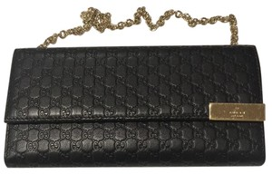 Gucci Gucci Signature Chain Wallet