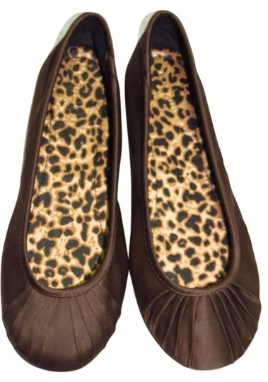 Preload https://item2.tradesy.com/images/capelli-new-york-brown-flats-size-us-6-200196-0-0.jpg?width=440&height=440