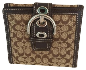 Coach SOHO SIGNATURE C MEDIUM WALLET BROWN