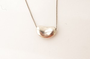 Tiffany & Co. Tiffany & Co Elsa Peretti SS Bean Necklace
