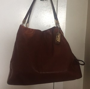 Coach Tote in Tan