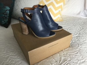 Lucky Brand Slingback Wood Boot Bootie Blue Sandals