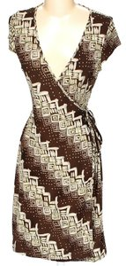 BCBGMAXAZRIA Print Jersey Wrap V-neck Dress
