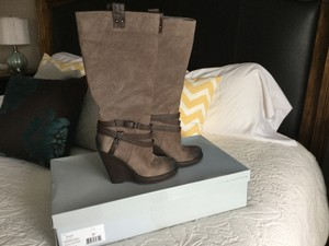 Jessica Simpson Sexy Wedge Buckles Distressed Taupe Boots