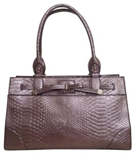 Liz Claiborne Satchel in Quartz Metallic