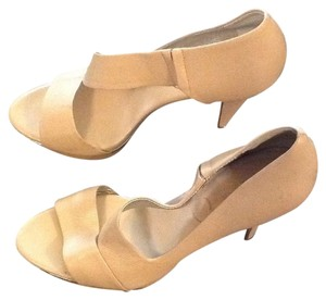 Banana Republic Tan Platforms