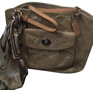 Coach Tote in Tab