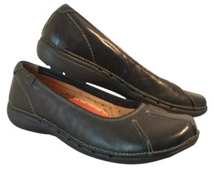 Clarks Leather Black Flats