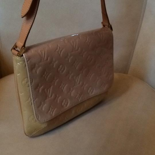 Louis Vuitton Monogram Vernis Shoulder Bag Image 1