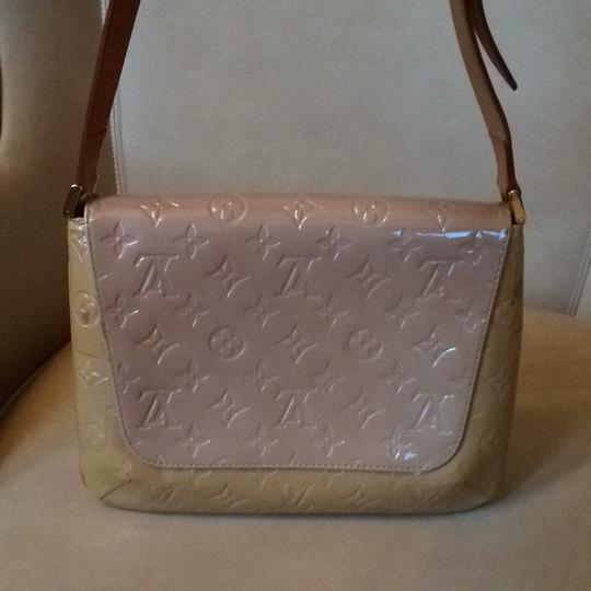Louis Vuitton Monogram Vernis Shoulder Bag Image 2