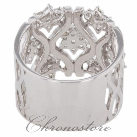 """Handmade"" 18k,750,White,Gold,1.873ct,Diamond,Flower,Design,Cocktail,Band,Ring"