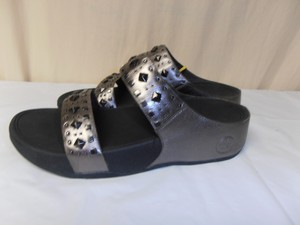 FitFlop New W/tag silver metallic Sandals