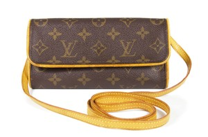 Louis Vuitton Lv Pochette Lv Pochette Twin monogram Clutch