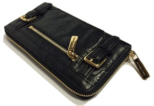 Michael Kors Michael Kors McGraw ZA Continental Black Leather Clutch Wallet
