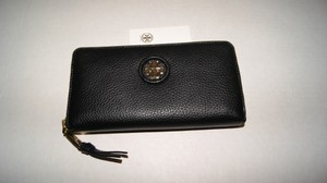 Tory Burch Tory Burch Whipstitch Logo Zip Continental Black Leather Wallet