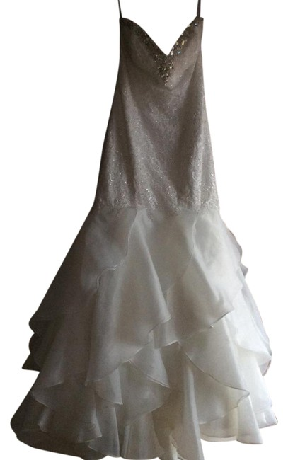 Item - Ivory/Silver Organza Lace Sequin 2527 Sexy Wedding Dress Size 16 (XL, Plus 0x)