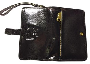 Tory Burch Smartphone Wristlet in Black
