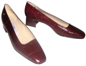 Etienne Aigner Leather Crocodile Print Croc Burgundy Pumps