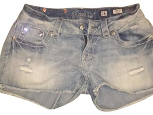 Miss Me Cut Off Shorts Light Denim