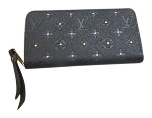 Louis Vuitton Louis Vuitton Brand New Empreinte Studded Zippy Wallet!