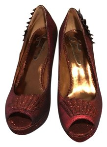 Poetic License Red Pumps