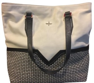 Pour La Victoire Tote in White And Deep Navy Blue