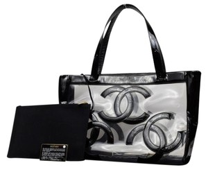 Chanel Tote in black x clear