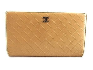 Chanel Bicolor Quilted Wallet 210837