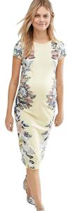 Bluebelle Maternity Bluebelle Maternity Cap Sleeve Floral Printed Bodycon Dress