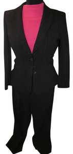 Tahari Tahari Black Pant suit Coral Cashmere Long Sleeve Sweater
