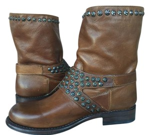 Frye Jenna Studded Short Distressed Sz 10 Cognac Boots