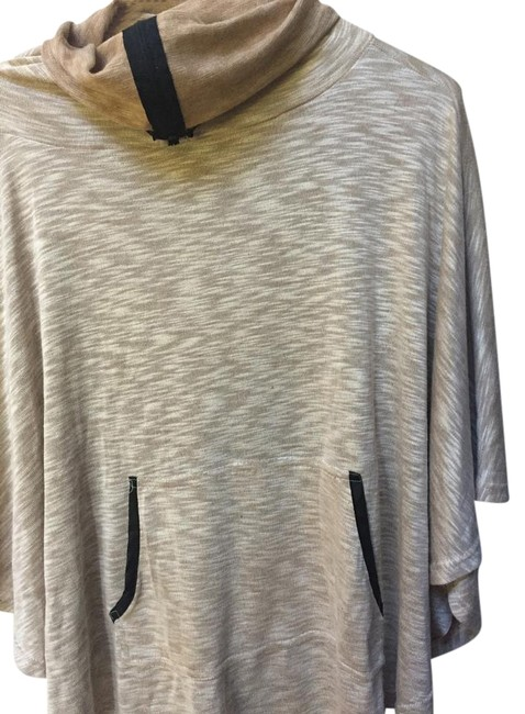 Item - Poncho/Tj Maxx Tan and Brown Flowers Sweater