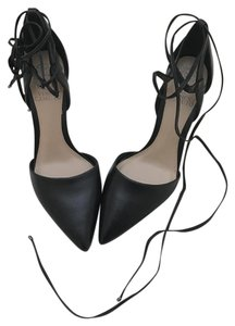Vince Camuto Pointed Toe Leather Formal Black Pumps
