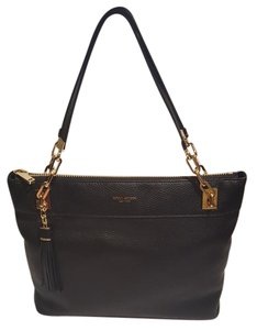 Henri Bendel Black Messenger Bag