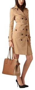 Burberry Large Leather Fall Grain Tote in Honey Brown