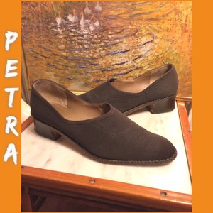 Petra Fashions Brown Pumps
