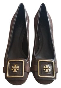 Tory Burch light brown Pumps
