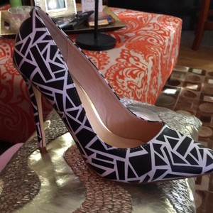 Liliana Pumps