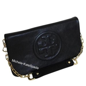 908fefd8 Tory Burch Clutches on Sale - Up to 70% off at Tradesy