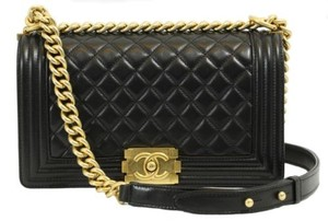 Chanel Boy Flap Boy Boy Le Boy Shoulder Bag