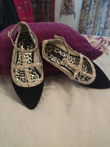 Dollhouse Velvet Gold Spike Flat Black Flats