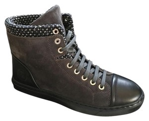 Chanel Sneaker Size 38.5 High Top grey black Boots